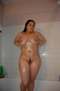 Louise dispo pour un moment de sexe a Hyeres