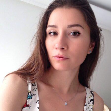 Anna dispo pour un plan q au feeling a Issy-les-Moulineaux
